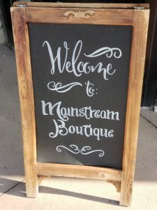 Mainstream Boutique Welcome